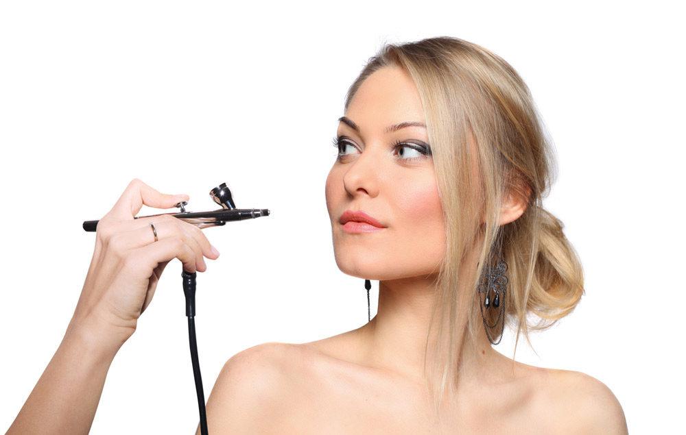Tratamientos complementarios del centro de estética en Gadassuar Medes: Lifting de pestañas, Maquillajes con aerógrafo, Micropigmentación